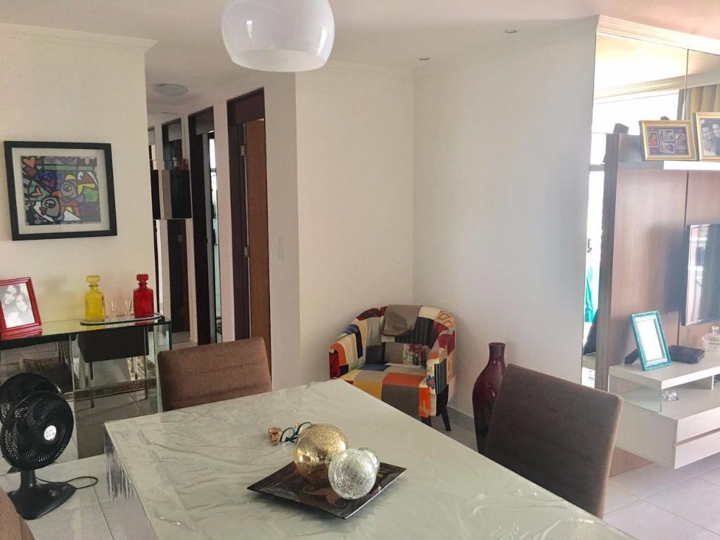 Apartamento três quartos com uma suíte