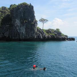 Krabi islands by Kristin McMullan - Landscapes Travel ( thailand, ocean, krabi, boat, island )