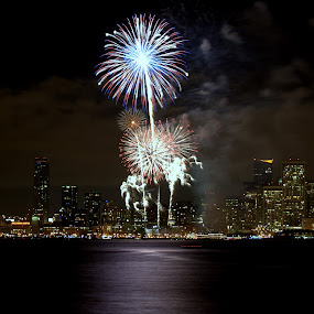 2013 Celebration in San Francisco by George Krieger - Public Holidays New Year's Eve