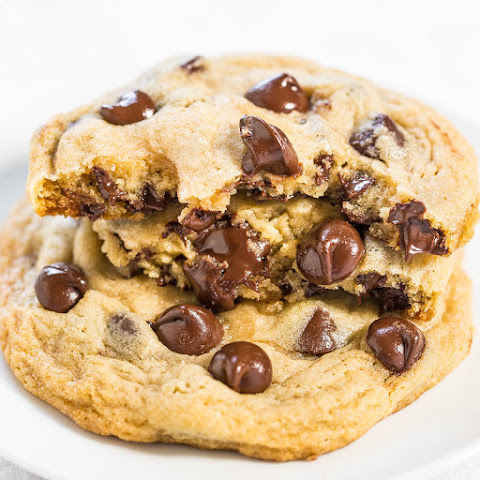 Hershey's Soft and Chewy Chocolate Chip Cookies