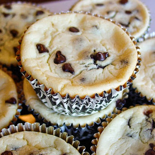 Guiltless Chocolate Chip Cheesecake Brownie Cupcakes