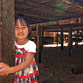 Kakak by Azmil Omar - Babies & Children Children Candids ( toy, kids, women, people, flower )