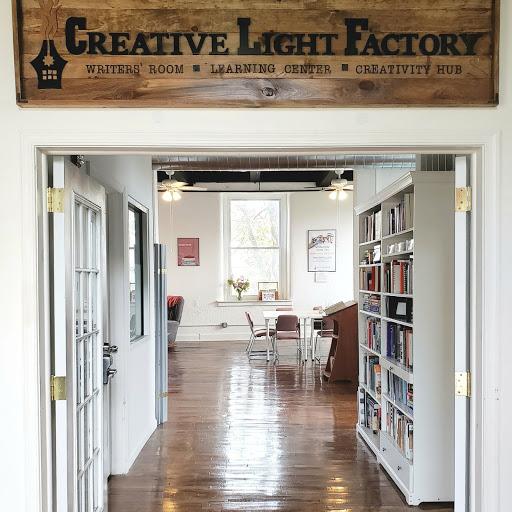 103 CREATIVE LIGHT FACTORY