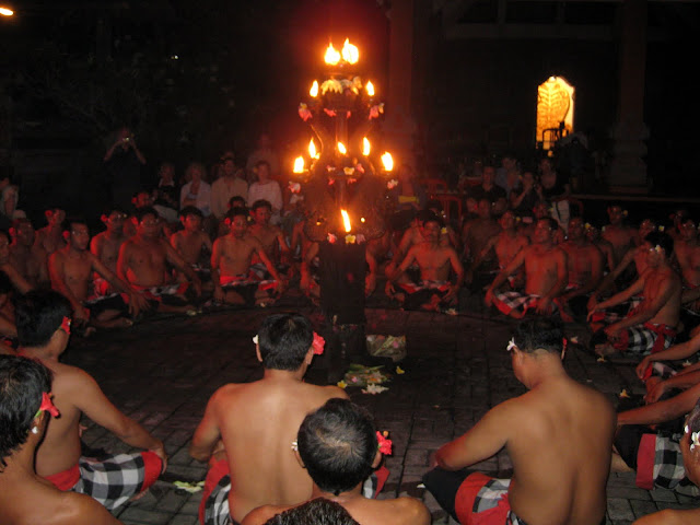 Kacek Fire and Dance Performance, Bali