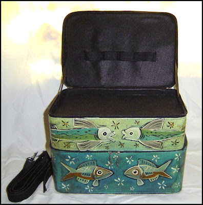 fishcase2