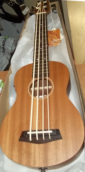 Haytrade Chevallier baritone Bass Ukulele