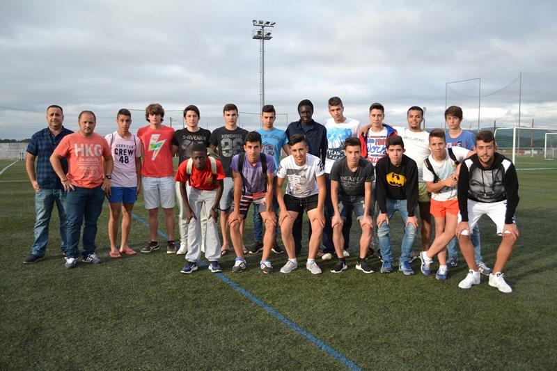 Numancia de Ares. Miguel Carballeira e Antón na sua presentación o equipo xuvenil.