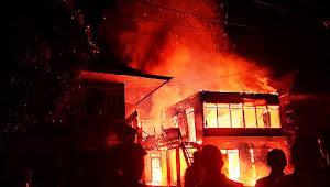 Warga Kecewa, Damkar Muratara Tidak Hadir Saat Api Berkobar Melahap Rumah di Desa Embacang Baru