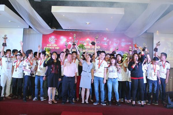 VEC 2013 kết thúc vòng chung kết quốc gia 9