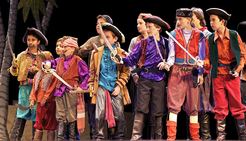 2012PiratesofPenzance - _DSC1182%2B-%2B2012-04-14%2Bat%2B10-13-43.jpg