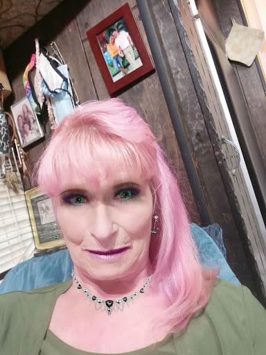 user Kimberly Clark apkdeer profile image