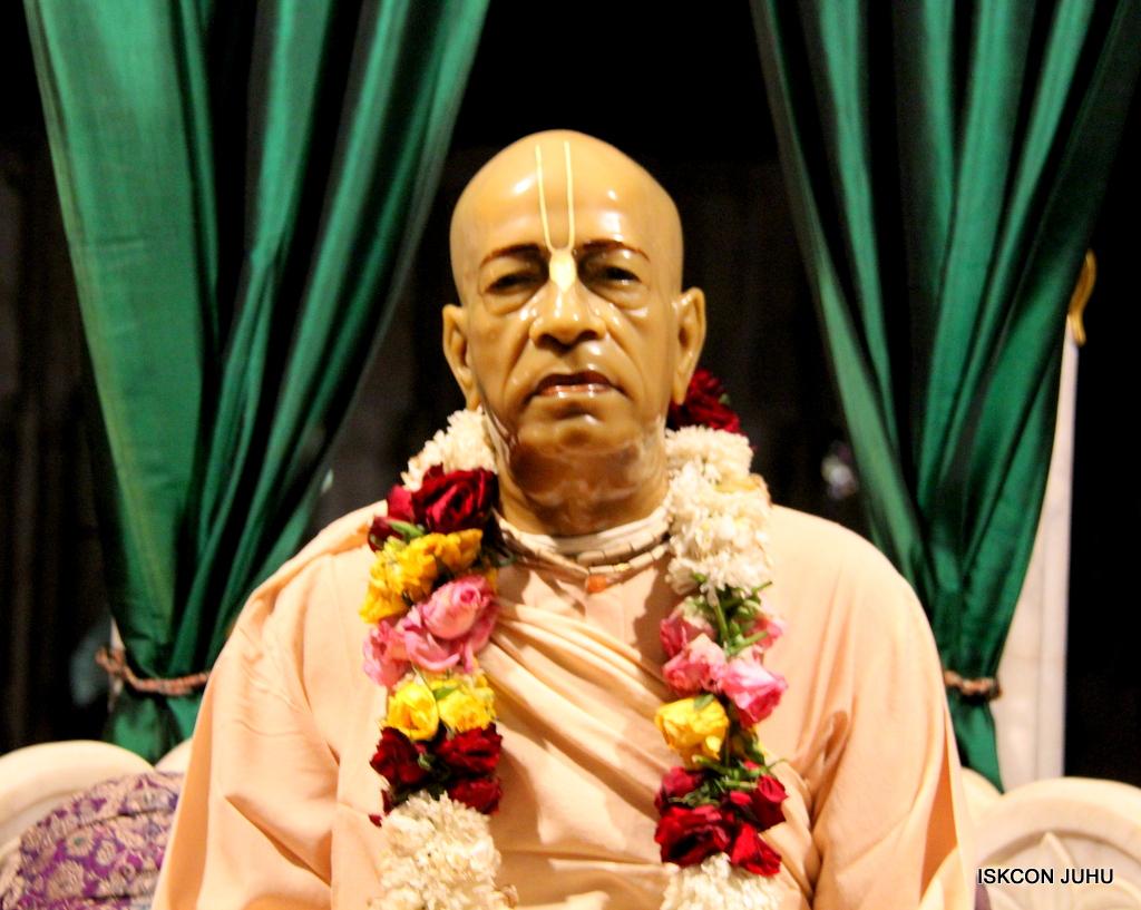ISKCON Juhu Mangal Deity Darshan on 19th Nov 2016 (2)
