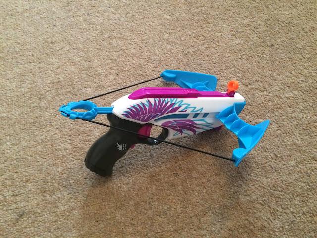 Súng Nerf Rebelle Star Shot bắn tên