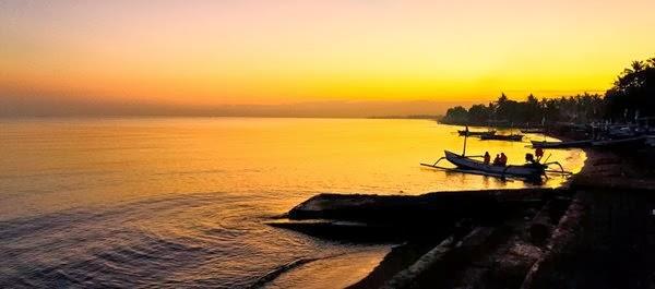 Praia Lovina