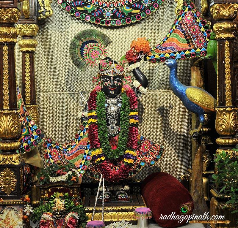 ISKCON Chowpatty Deity Darshan 31 August  2016 (16)