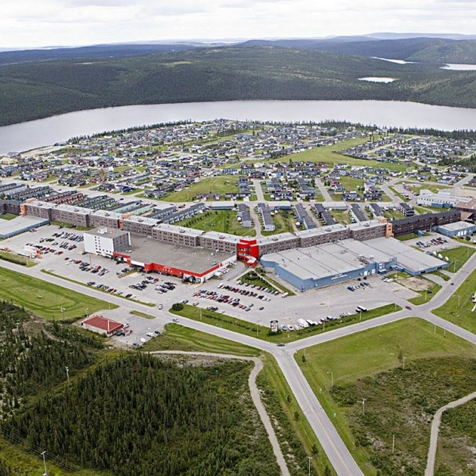 Fermont's Inhabitable Wind Break
