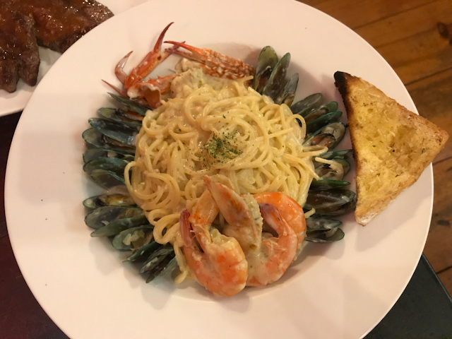 secret garden resto and cafe in baguio city - seafood pasta