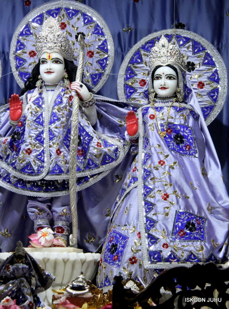 ISKCON Juhu Mangal Deity Darshan on 29th Sep 2016 (3)