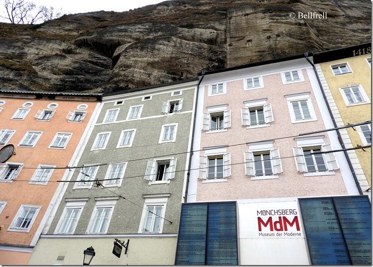 Häuser im Fels
