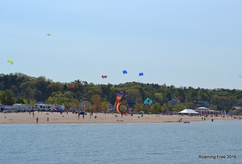 More kites flying on the beach