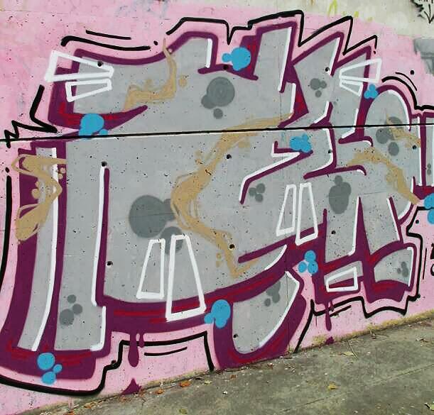 Aviary_2013_08_21_03_05_12