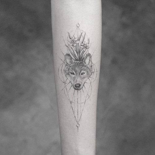 este_requintado_lobo_tatuagem_para_mulheres