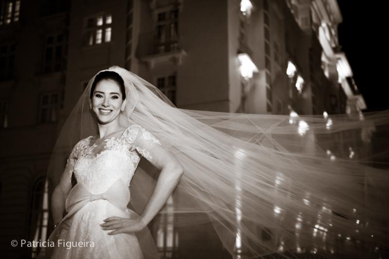 Foto de casamento 0323pb de Mônica e Rafael. Marcações: 03/09/2011, Casamento Monica e Rafael, Fotos de Vestido, Glorinha Pires Rebelo, Rio de Janeiro, Vestido, Vestido de Noiva.