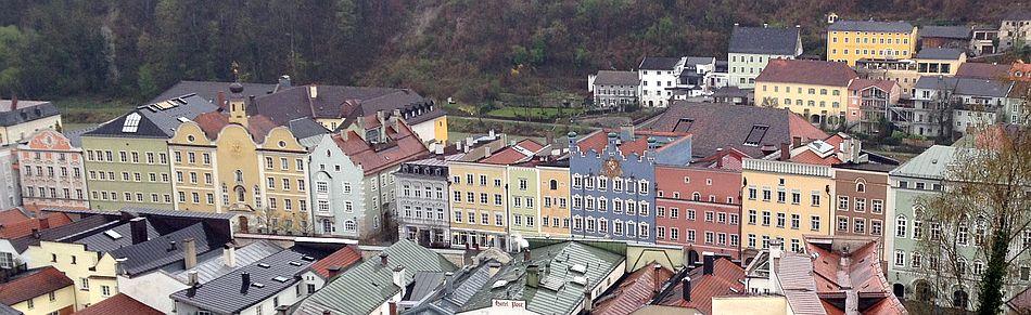 Burghausen: Blick von der Burg auf den Stadtplatz