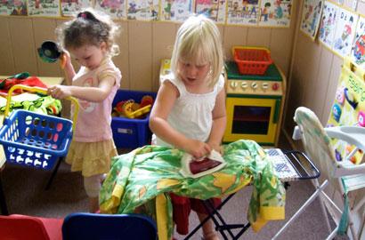 Efektivitas Metode Bermain Peran (Role Play) Untuk Meningkatkan Keterampilan Komunikasi Pada Anak