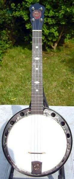 Van Allen Banjolele