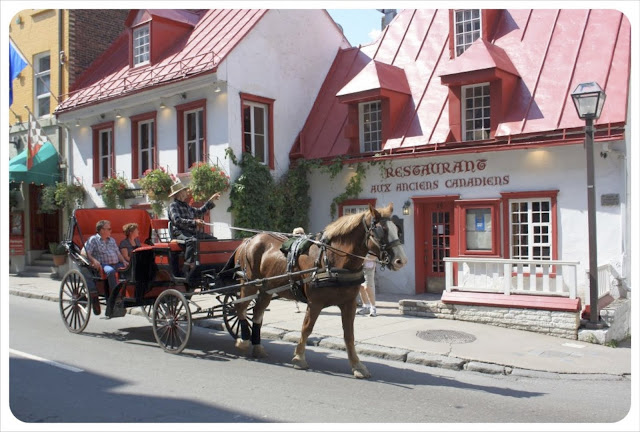 Horse-drawn carriage rides! Quebec City: the Heart of Canada