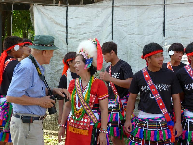 Hualien County. Liku lake. Danses Amis J 2 - liyu%2B2%2B397.JPG