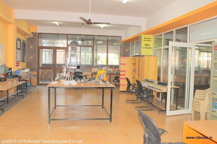 Guru Nanak Institutions Hyderabad, Robolab (20).jpg