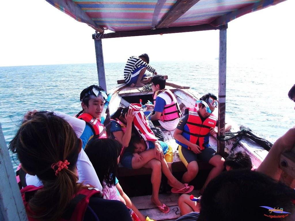 family trip pulau pari 140716 Fuji 060