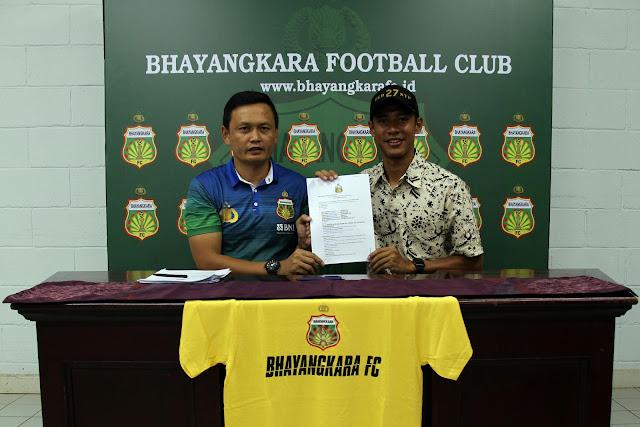 Jelang Bertolak ke Malang, 22 Pemain Bhayangkara FC Teken Kontrak
