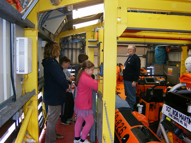 The children had a look in the floating boathouse at the ILB - May 2013
