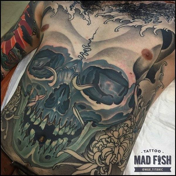 grande_tatuagem_de_caveira
