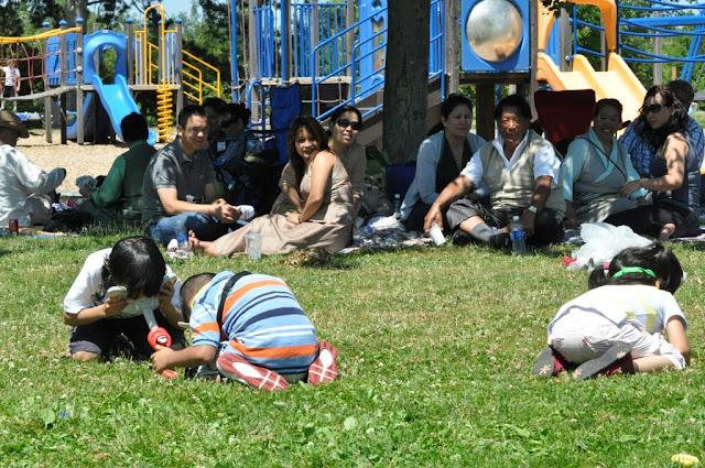 TAW celebrating H.H the Dalai Lama Bday at Magnuson Park 2011 - Trungkar--Magnuson%25252520park%25252520211.JPG
