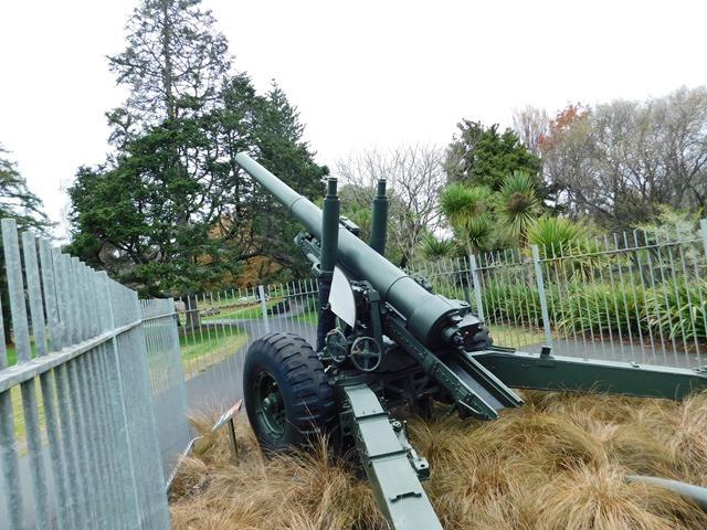 C05_NZ NI Hamilton's Soldiers Memorial Park_2018-06-12_DSCN1247