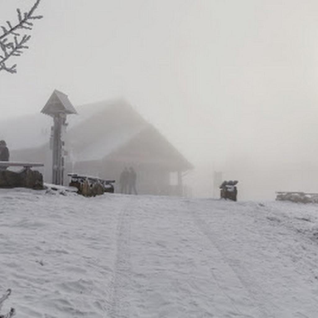 Zimowa Jaworzyna Krynicka we mgle. Pięknie :)