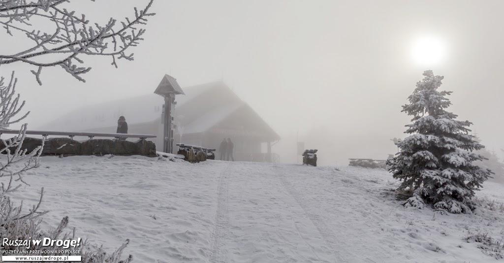 Zimowa Jaworzyna Krynicka we mgle