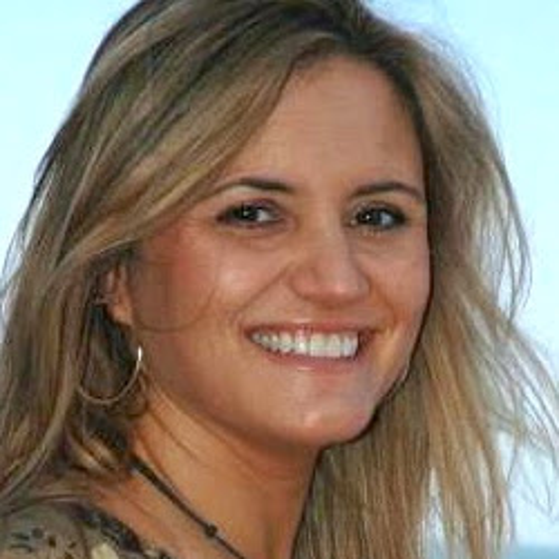 Claudia Lopez