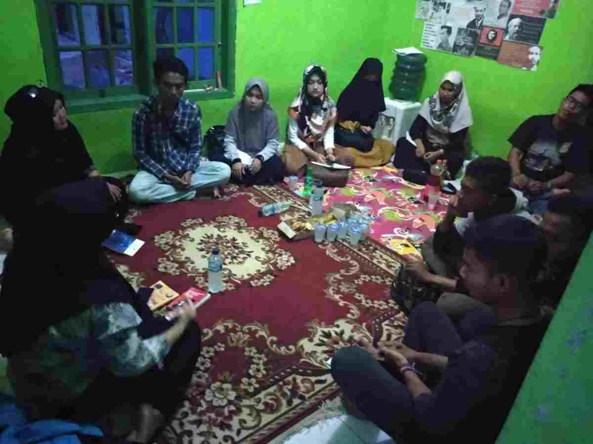 Perhimpunan Mahasiswa Purwakarta follow up Kader baru 2019
