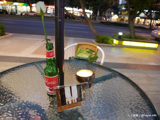 天母大葉高島屋 Waikiki搖擺啤酒節 一起聽情歌、喝啤酒,來享受一個微醺的迷魂夜吧~ 攝影 時事 民生資訊分享 紓發緒感