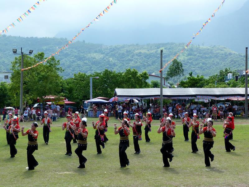 Hualien County. Liku lake. Danses Amis J 2 - liyu%2B2%2B347.JPG