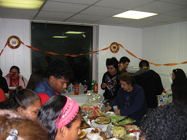 NL Thanksgiving day parties - IMG_1427.JPG