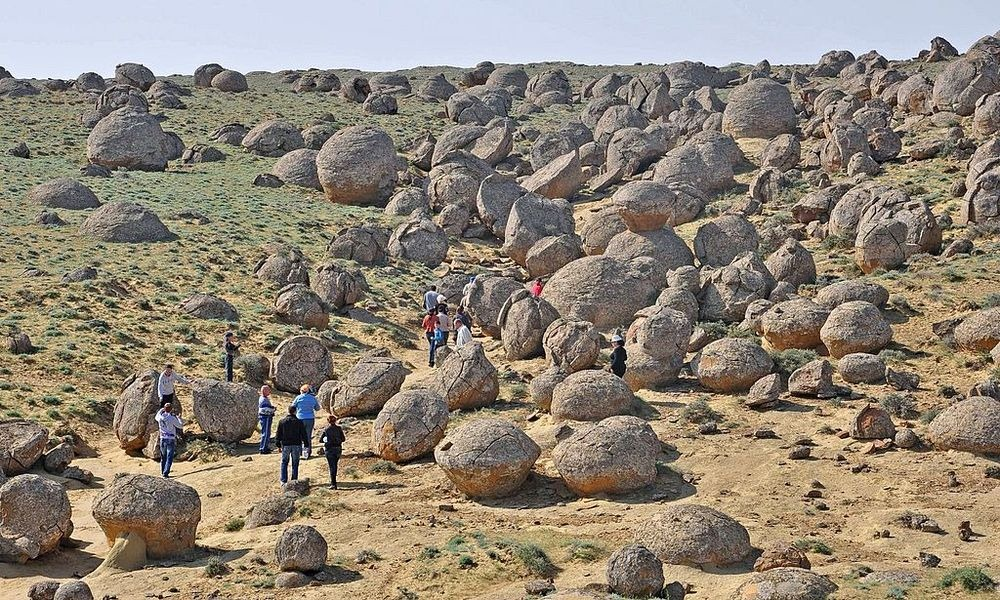 valley-of-balls-kazakhstan-10