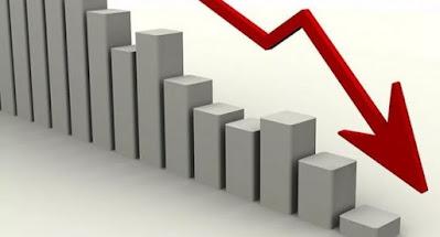 Рейтинги Зеленского и его партии быстро падают.