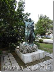 Croatia Online - Crikvenica Statues 2