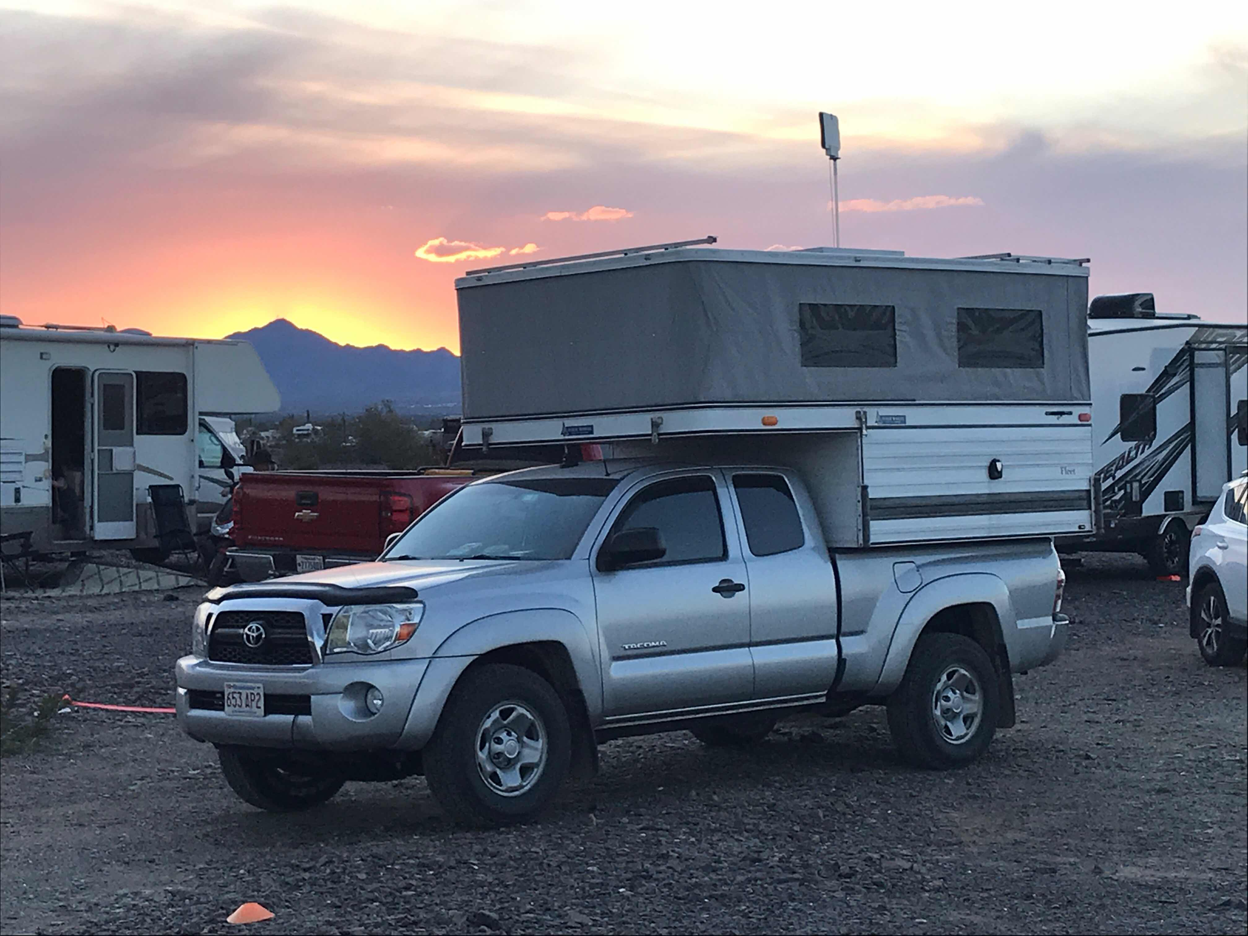 Brent's Travels: Antenna Pole For Four Wheel Camper